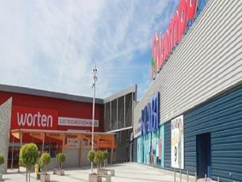 Centro Comercial Aleste Plaza